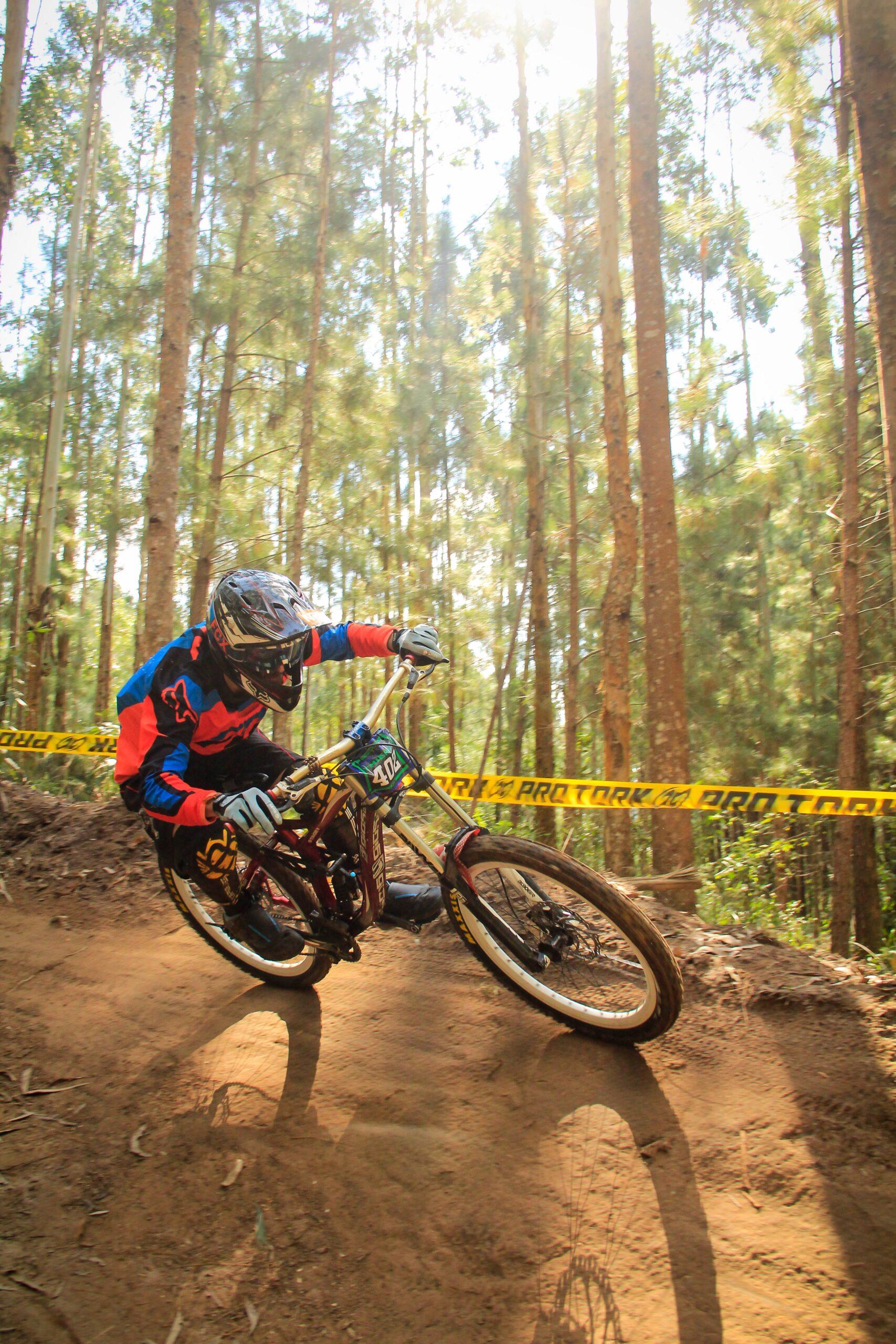 Read more about the article (K)eine Lösung für illegale MTB-Trails